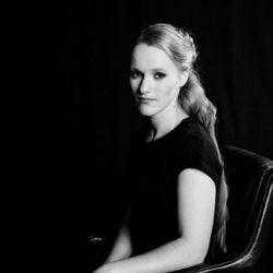 Portrait by Simone Stähn