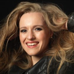 """The vibrant and colourful Soprano of Anna Herbst is a true discovery"" (Kölner Stadtanzeiger)"